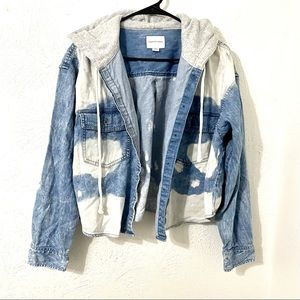 American Eagle Outfitters Hooded Jean Jacket L